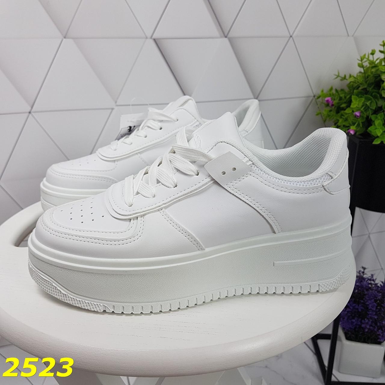 Криперы кроссовки на высокой массивной платформе белые 37, 38 р. (2523)