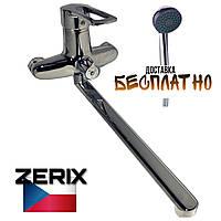 Смеситель для ванны с душем переключатель на корпусе длинный гусак d 40 Luna Hansberg Zerix