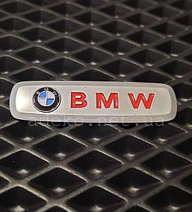 Металевий шильдик BMW на ЕВА килимки