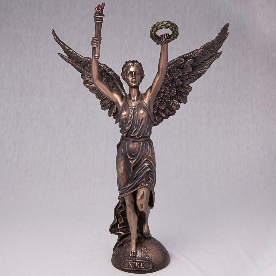 Статуетка Veronese Ніка 31 см 76027