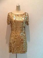 Женское платье золото в пайетках короткое молодежное стильное современное вечернее нарядное с коротким рукавом