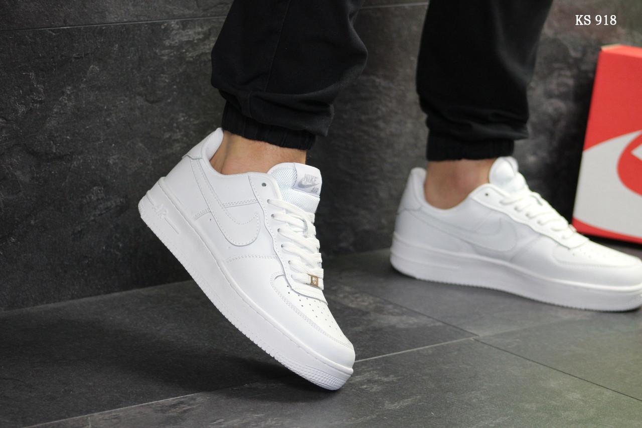 Низкие мужские кроссовки Nike Air Force, белые / классика Найк аир форс / чоловічі кросівки (ТОП реплика ААА+)