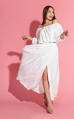 Белый летний костюм с юбкой