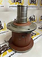 Маточина робочої тарілки (4 отвори) на косарку роторну, польську Wirax Z-069 Маточина ротора верхня