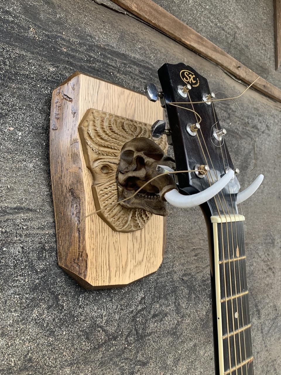 Настенное крепление для квадрокоптера, держатель для гитары подвесной Мамонт, вешалка настенная.