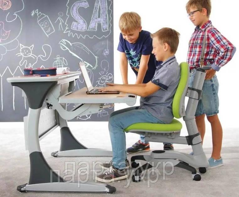Парта-трансформер HARVARD CABINET и детское кресло 618 Comf Pro, разные цвета