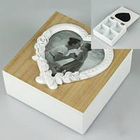 Шкатулка деревянная с рамкой для фото 15*15*6см
