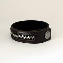 Узкий браслет из натуральной кожи украшенный застежкой-молнией