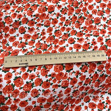"""Костюмная ткань  """"ПиАшПи"""" принт (красные мелкие розы на белом фоне)"""