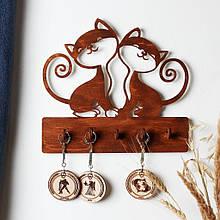 Деревянная ключница настенная горизонтальная Котики коричневая мини