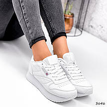 Легкі кросівки жіночі білі класичні, фото 3