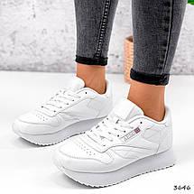 Легкі кросівки жіночі білі класичні, фото 2