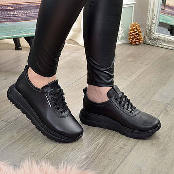 Кроссовки черные кожаные женские на шнуровке