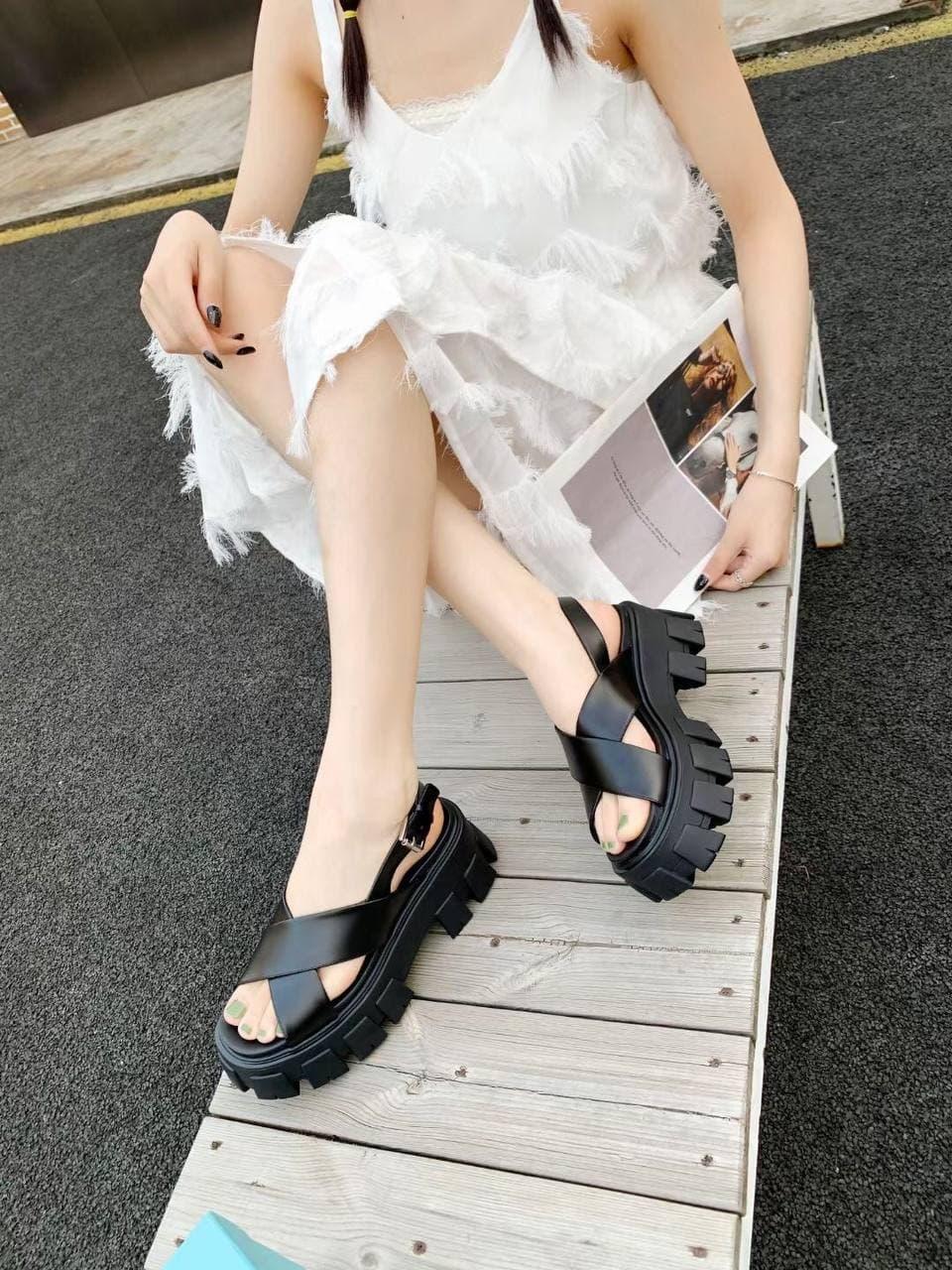 Женские сандалиии Sandals Prada