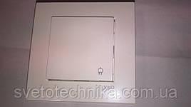 Розетка электрическая VI-KO Karre скрытой установки одинарная с крышкой и заземлением (белая)