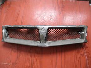 Решетка радиатора Mitsubishi Carisma до рейстайлинг, не оригинал 74078956 Carisma Mitsubishi