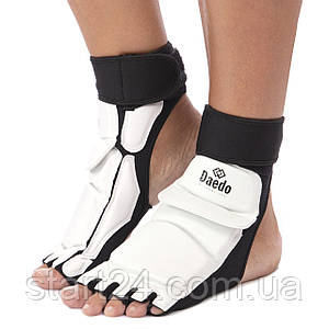 Защита стопы носки-футы для тхэквондо DADO BO-2609-W (PU, р-р S(33-34) - L(37-38), l-19,5-24,5см, белый)