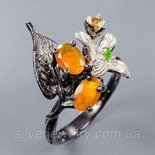 Срібне кільце з ОПАЛОМ (натуральний!!!), срібло 925 пр. Розмір 17