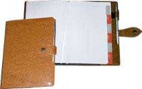 Ежедневник на кнопке «Классик» 112л. + высечка регистров по месяцам Ф-140х206 (блок офсетная бумага 80г/м2)
