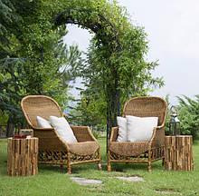 Декоративная садовая мебель из дерева