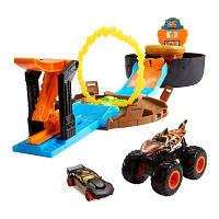 Набор Hot Wheels Monster trucks Трюки в шине