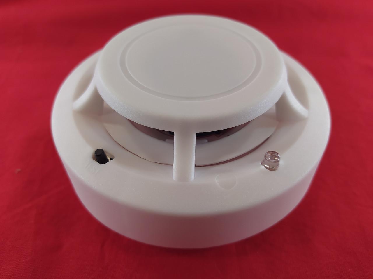 Пожарный датчик индикатор дыма беспроводной звуковой с батарейкой