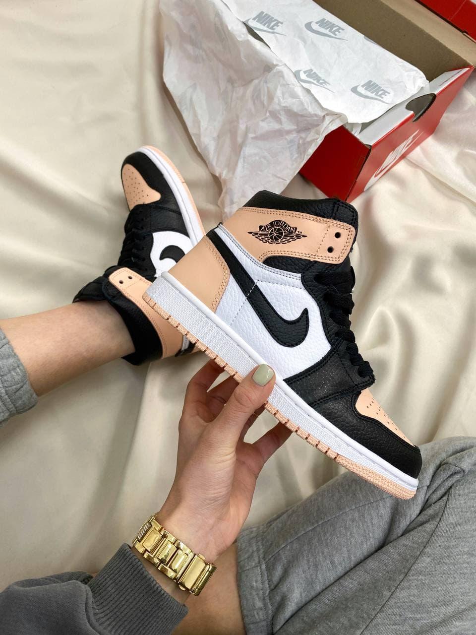 Женские кроссовки Nike Air Jordan Retro High Peach/Black/White