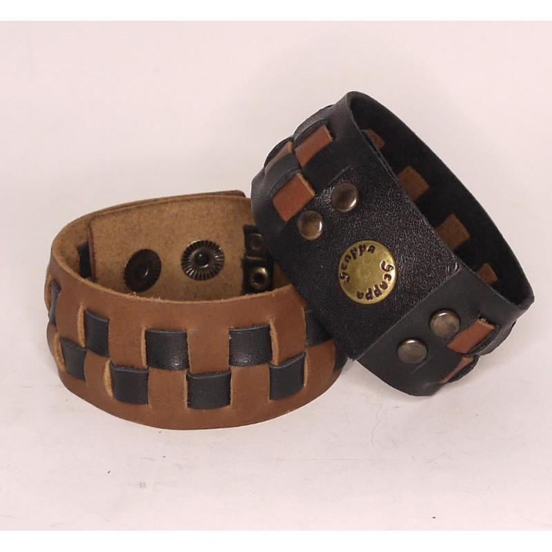 Широкий браслет-манжета з натуральної шкіри ручної роботи з шаховим плетінням