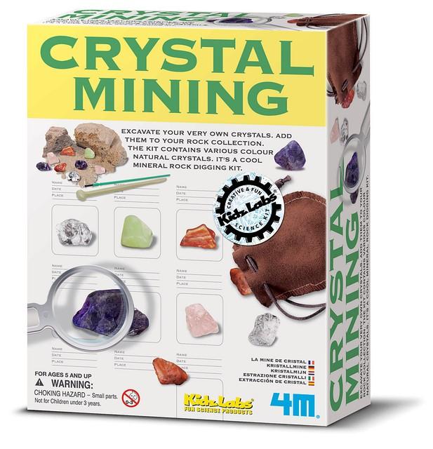 Геологические раскопки. Камни-кристаллы