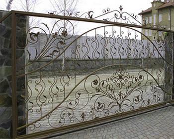 Ворота відкатні, з елементами художньої ковки