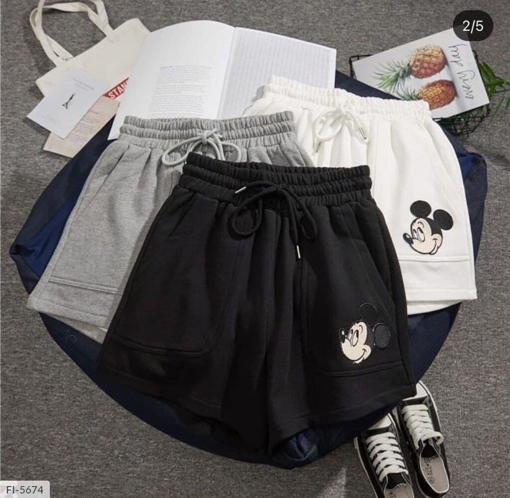 Черные тканевые шорты с принтом Микки-Мауса Black