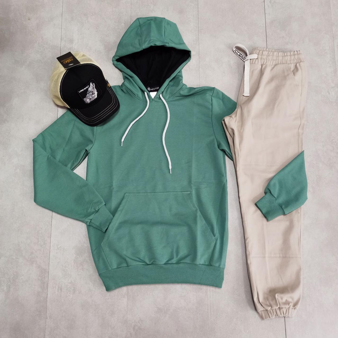 Мужской спортивный комплект худи с капюшоном + штаны на манжетах + кепка с рисунком размер М