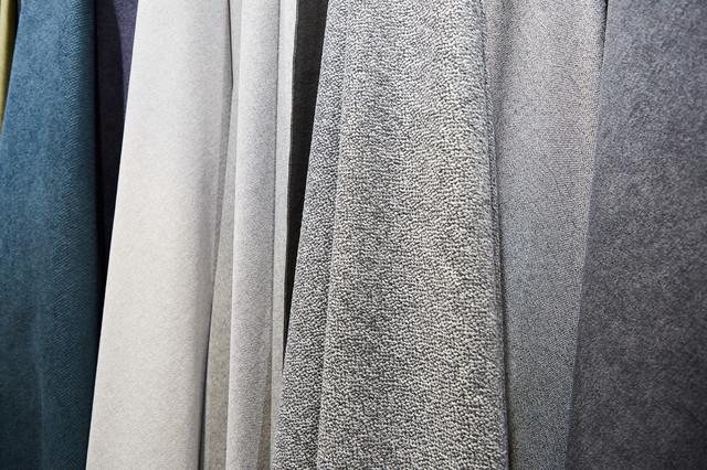 Как купить мебельную ткань: 6 типов тканей Dekora Group