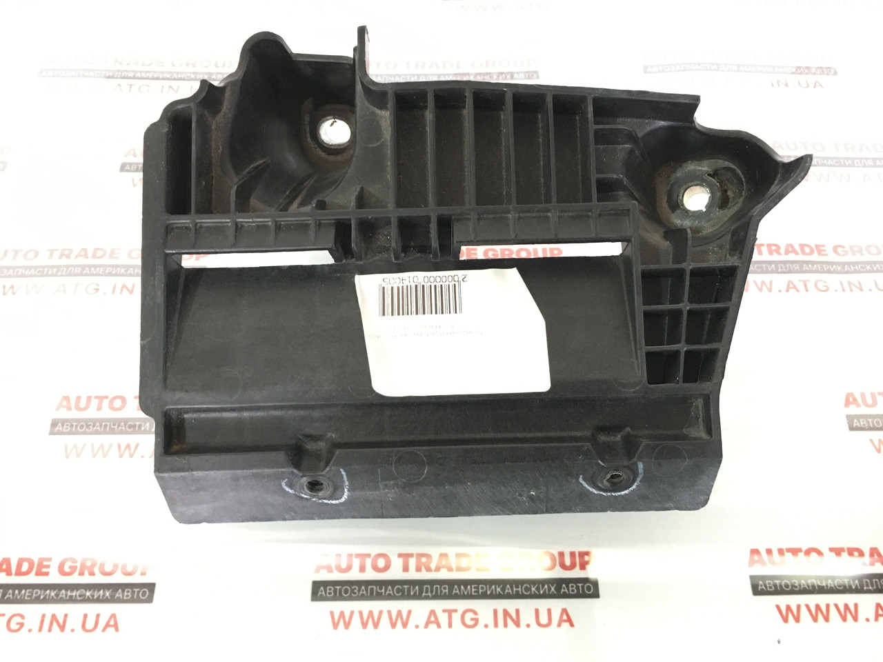 Кронштейн підставки акумулятора Ford Fusion 2013-16 DG93-10663-A