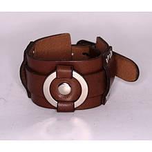 Широкий двойной браслет-манжета с металлическим кольцом из натуральной кожи закрывается на пряжку