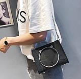 Женская классическая сумочка с круглыми ручками на цепочке черная, фото 2