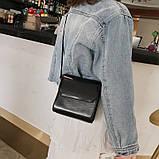 Женская классическая квадратная сумочка на ремешке 5223/14 черная, фото 4