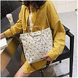 Женская классическая большая сумка на ремне через плечо белая, фото 4