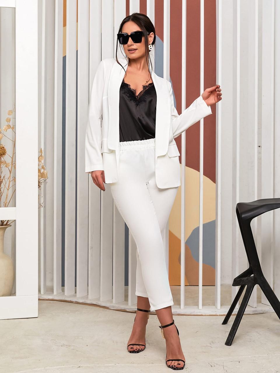 Стильний діловий костюм трійка: укорочені брюки, піджак і блуза-майка з мереживом, батал великі розміри