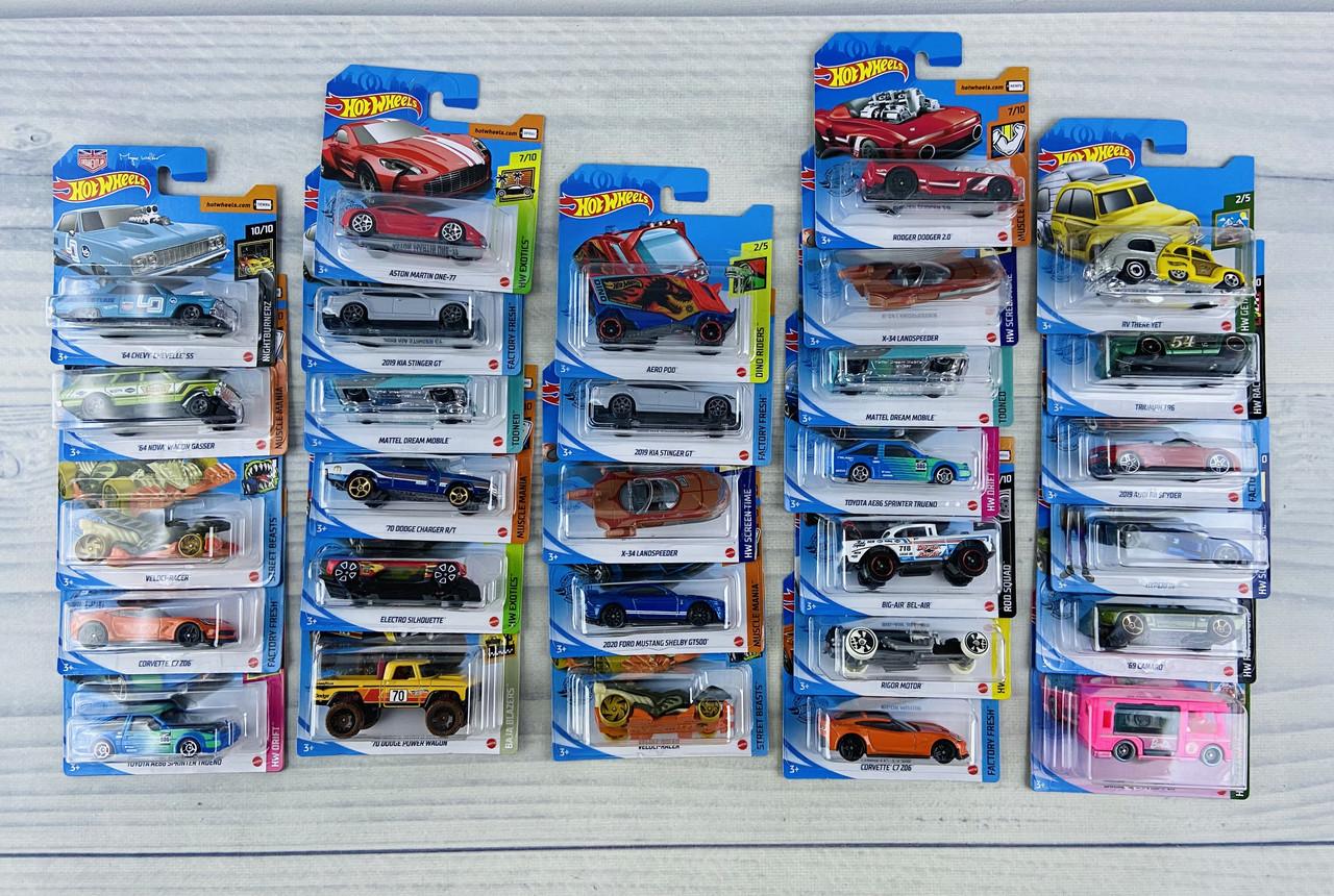 Автомодель Hot Wheels Ассорти на планшете ASST5785 Mattel Китай