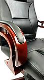 Кабинетное стильное кресло руководителя с подлокотниками на колесиках эко-кожа Prezydent Президент черное, фото 5