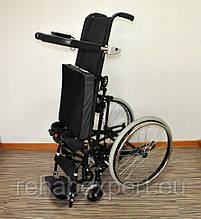 Інвалідне крісло-коляска з вертикальним підйомом VASSILLI LifeStand Wheelchair (Used)