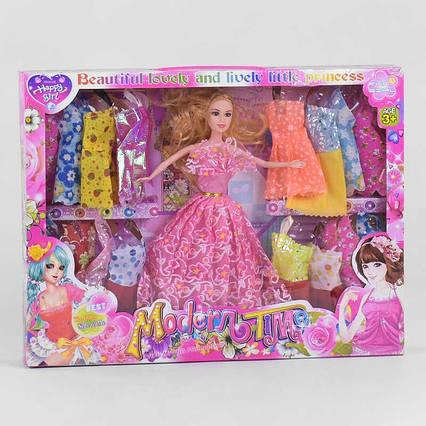 """Лялька з нарядом """"Гардероб"""""""