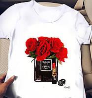 Женская футболка с яркими принтами