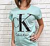 Жіноча футболка з модним брендом 42-46 (в кольорах), фото 2