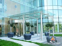 Стальной навес или козырек комбинированный со стеклом для входа в магазины, ТЦ, коммерческие здания
