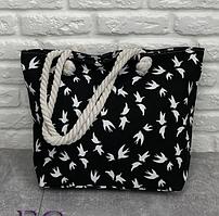 Большая сумка из плотного текстиля на молнии