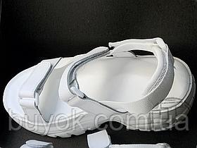 Женские сандалии Buffalo Ella Sandal With Platform White 7206 1601105
