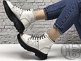 Женские ботинки Alexander McQueen Tread Lace Up Ankle Boot White 595469WHQSG9089 (с мехом), фото 4