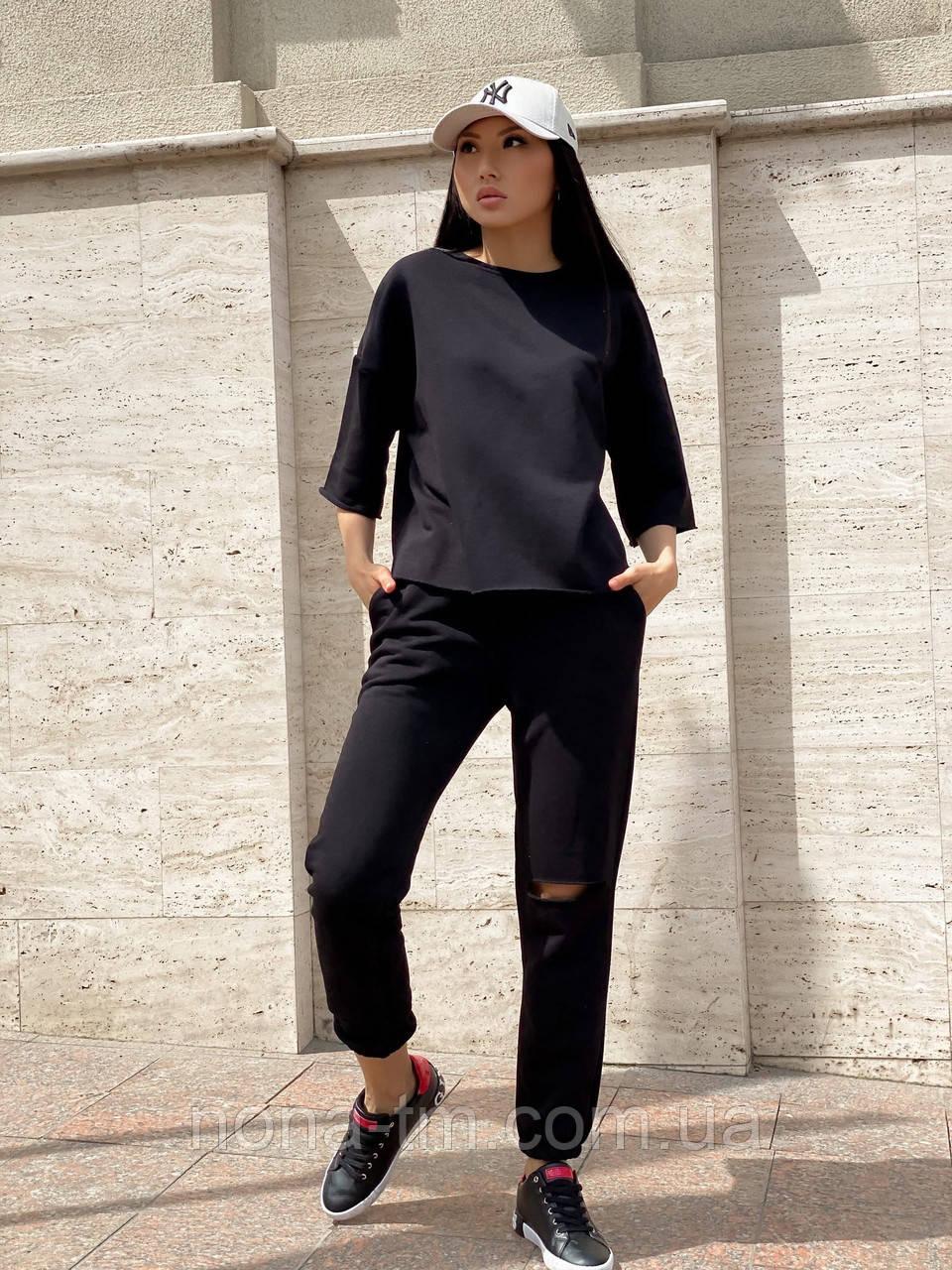 Стильний костюм жіночий спортивний з коротким рукавом